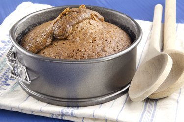 baked toffee pudding in a springform