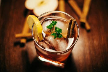 apple cider with cinnamon whiskey