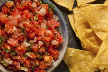 Chips and Salsa Easy 100-Calorie Snacks