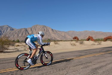 Cyclist doing Race Across America