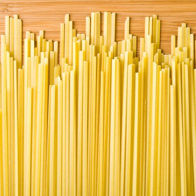 Dry spaghetti noodles