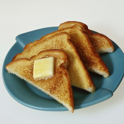 Sliced toast with butter
