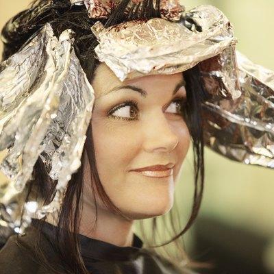 """Woman, having, her, hair, dyed"""