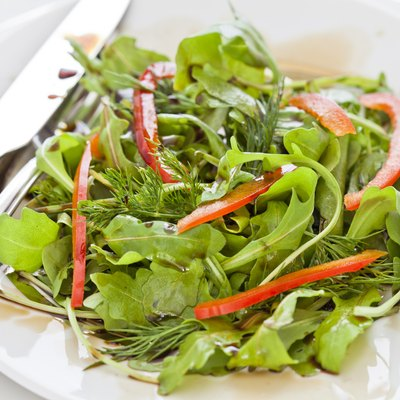 Green Salad with Red Pepper