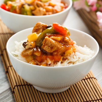 Rice with sweet and sour vegetables