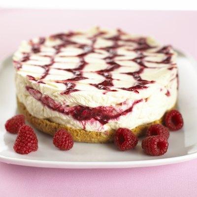 Raspberry cheesecake, close up