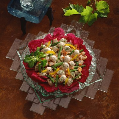Pasta and salmon salad