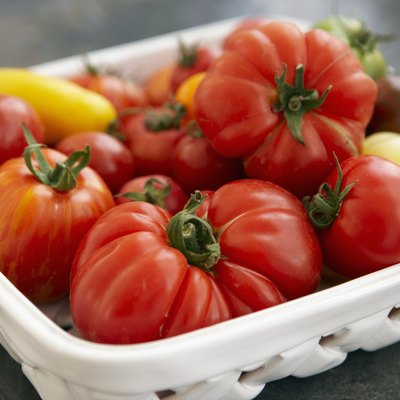 Bowl of tomatoes, close up