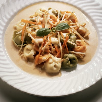 Tortellini with Vegetable Cream Sauce