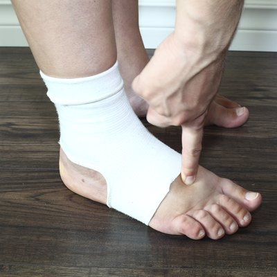 wollen foot in compression sock during pregnancy