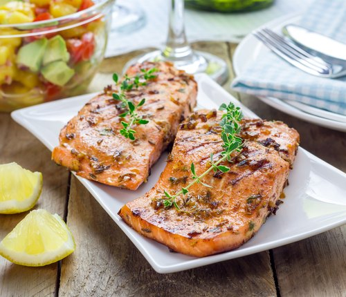omega-3-rich salmon to fight inflammation
