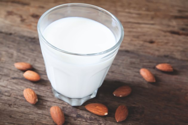 There are many pros to drinking almond milk.