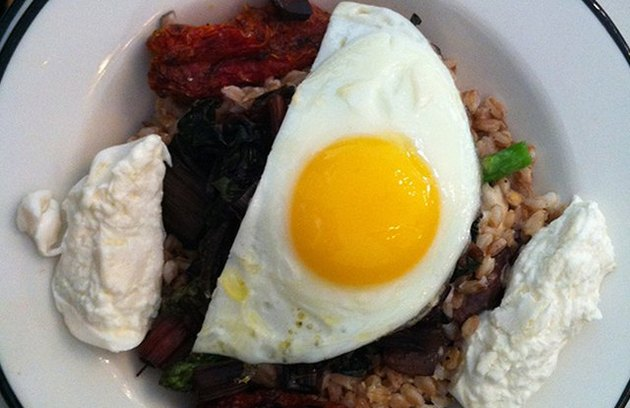 high fiber lunches Mmm Bap! Farro Bibimbap