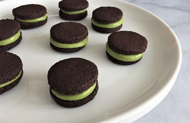 "Mint Matcha ""Oreo"" Cookies Green Tea Recipe matcha dessert"