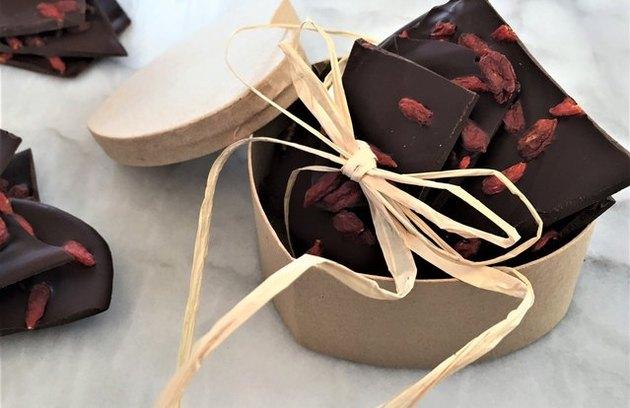 Healthy comfort food recipes Dark Chocolate Goji Berry Bark