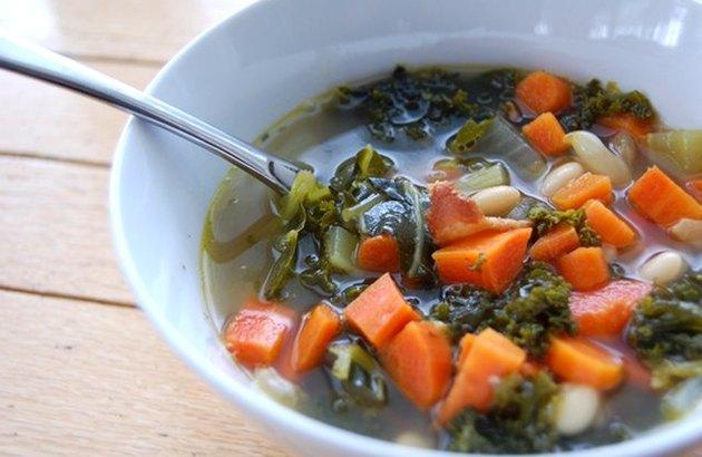 Kale, Bacon & White Bean Soup fall vegetables soup recipes