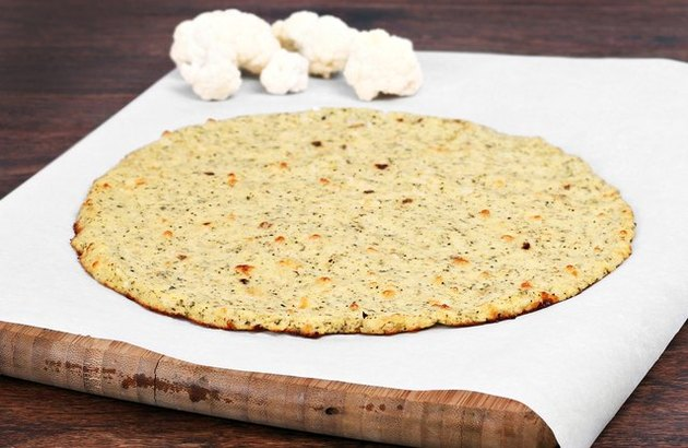 Low carb cauliflower recipes cauliflower pizza crust