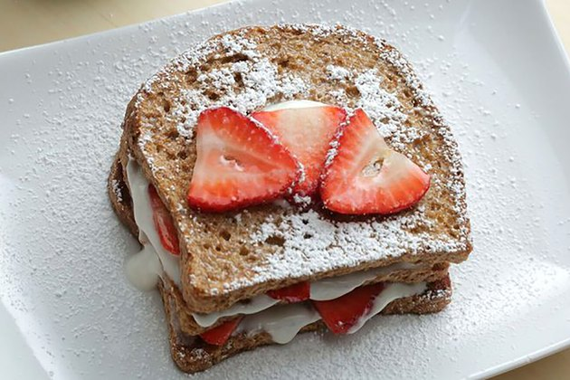 Vegan French Toast With Strawberries and Cream