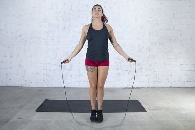 Jordan Shalhoub demonstrating a jump rope at-home workout