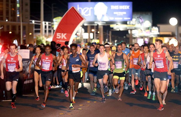 Runners participating in the Rock 'n' Roll Marathon Series