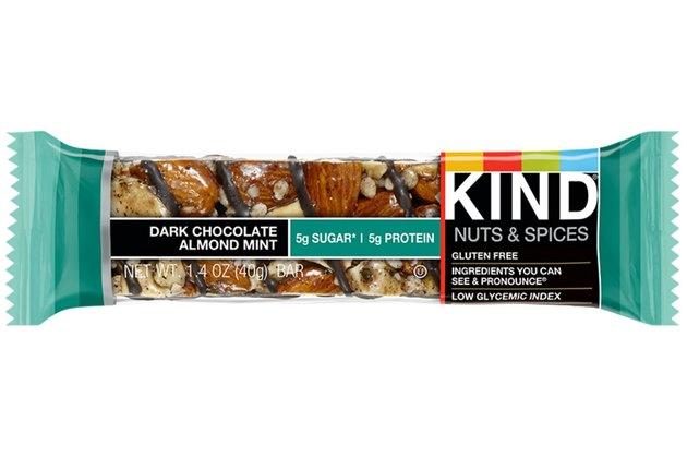 Kind Nuts & Spice Bar: Dark Chocolate Almond Mint Bar