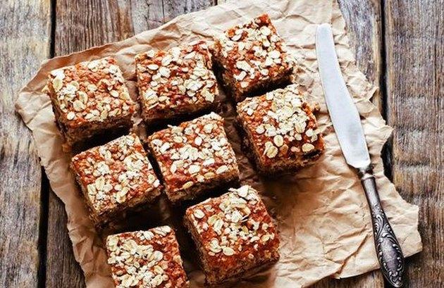 No-Bake Protein Bars homemade granola bars