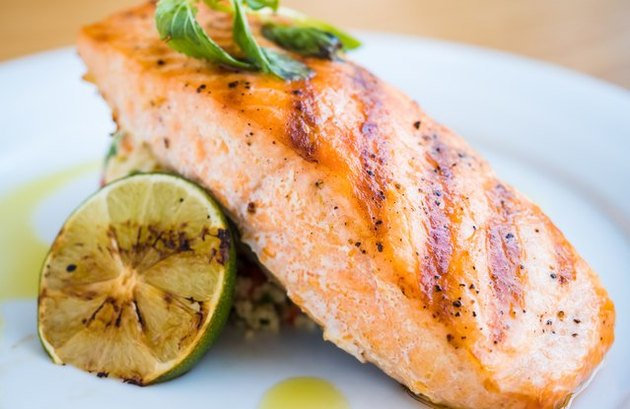 low calorie salmon recipes Grilled Sweet-n-Spice Salmon With Rice