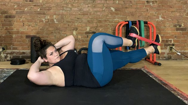 Move 3: Bicycle Crunch