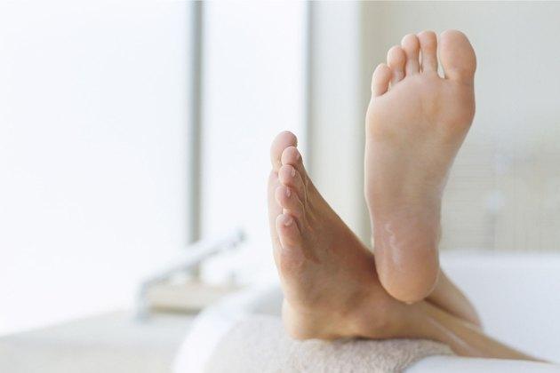 healthy feet after toenail fungus treatment