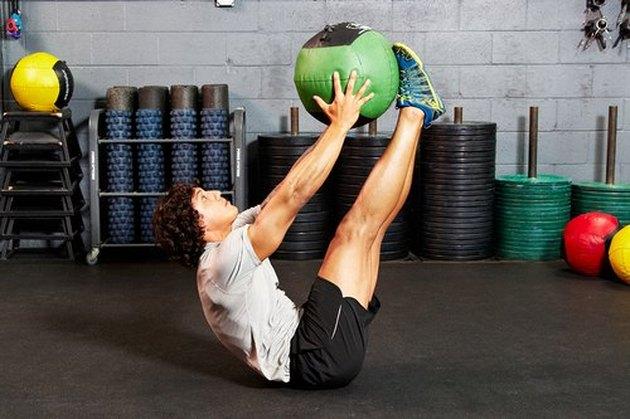 18. Medicine-Ball V-Up