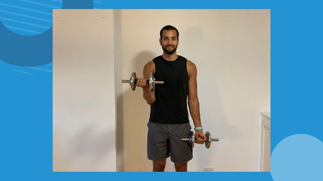 Move 1: Alternating Dumbbell Curl