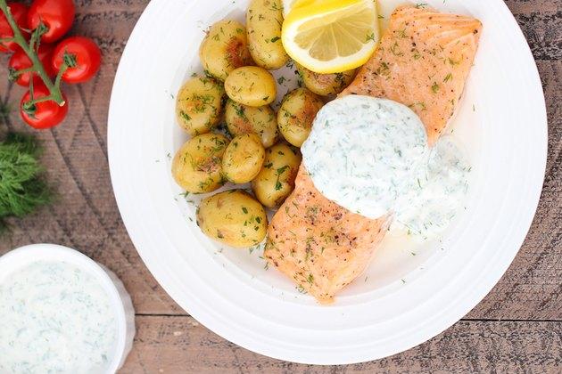 Roasted Salmon With Yogurt Dill Sauce Greek yogurt dinner recipes
