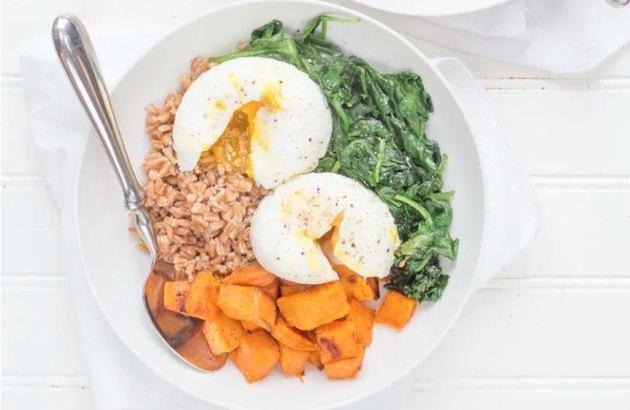 Curried Sweet Potato Breakfast Bowl