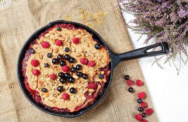 Steel-Cut Oatmeal Berry Breakfast Bake high-protein breakfast
