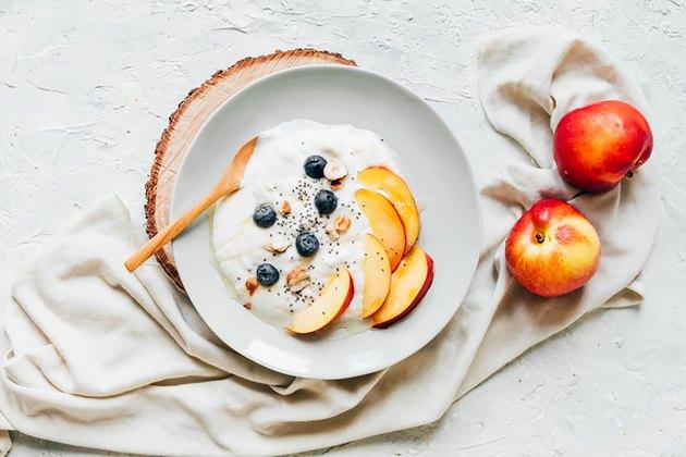 Greek yogurt, berries and almonds