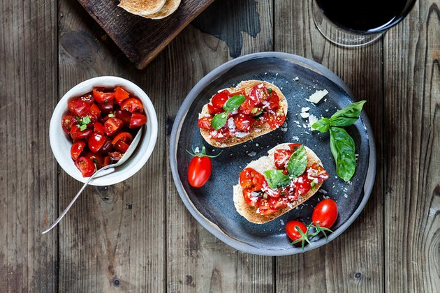 tomato and basil on toast