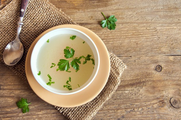 Chicken broth as a liquid diet for pancreatitis