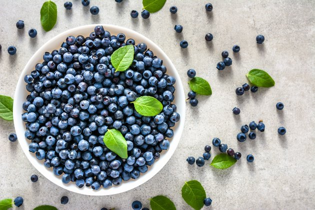 Fresh blueberry on plate, organic food and healthy super foods concept
