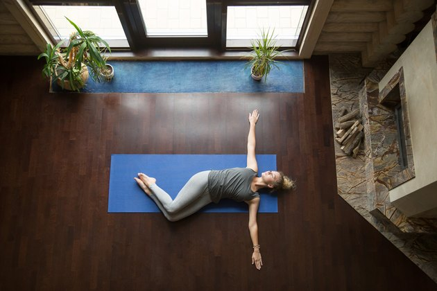 Yoga at home: Belly Twist Pose