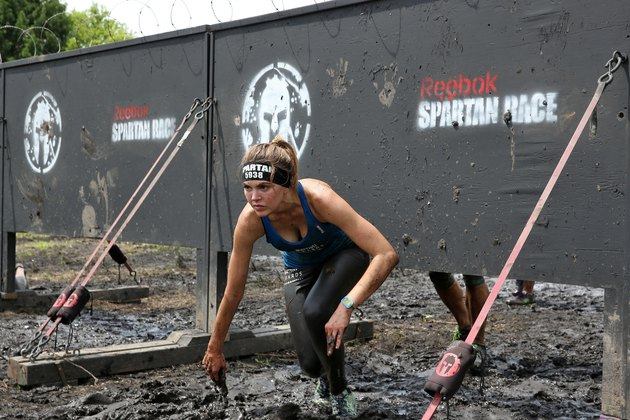 "Marriott Rewards Reunites Cast Members of ""Friday Night Lights"" for Spartan Race"