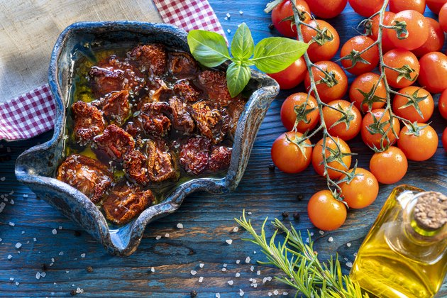 Dried Dehydrated tomatoes preservation