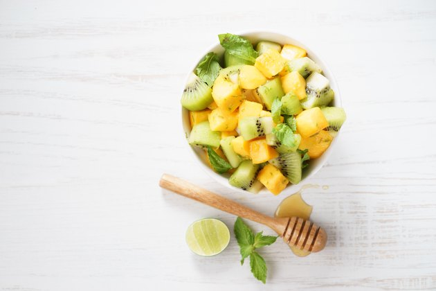 mango and kiwi fruit salad