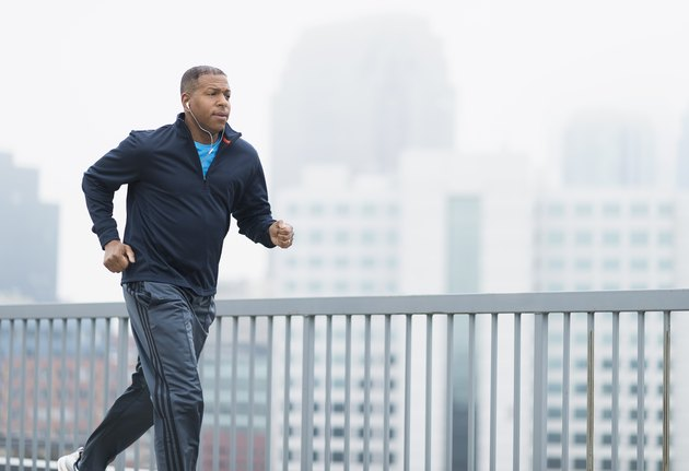 man running for exercise before a fasting blood sugar test