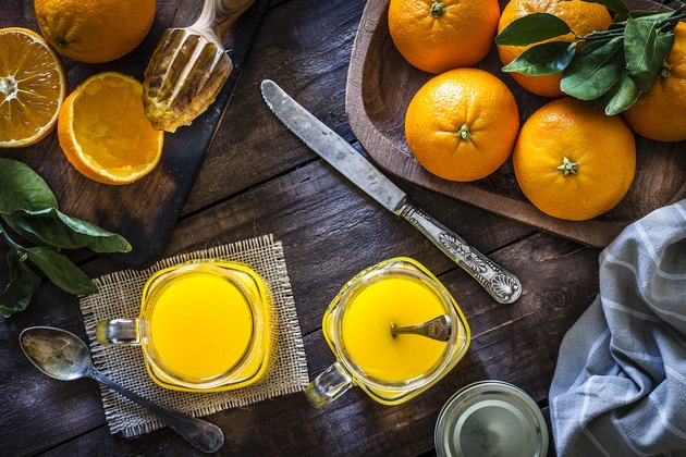 Preparing orange juice at home
