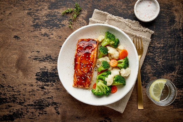 Salmon and vegetables dinner for healthy keto diet foods