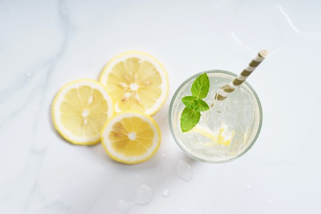 glass of lemon tonic water