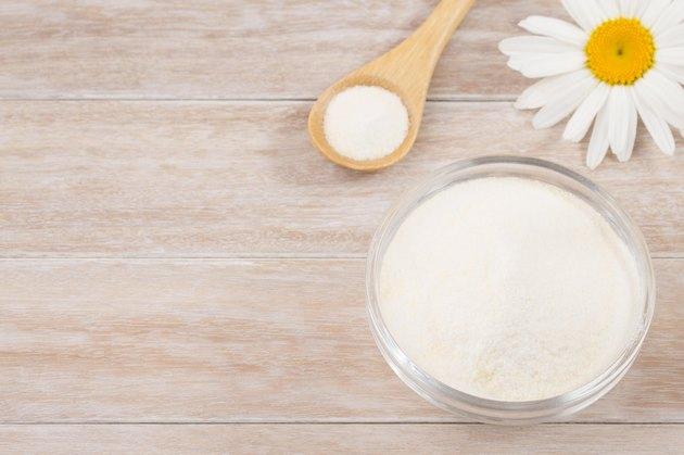 Collagen peptides come in a dissolvable powder.