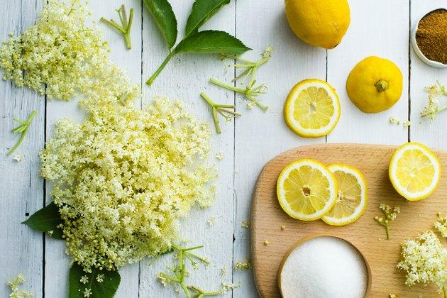 Elder blossom drink ingredients