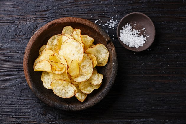 Potato chips and ​​salt