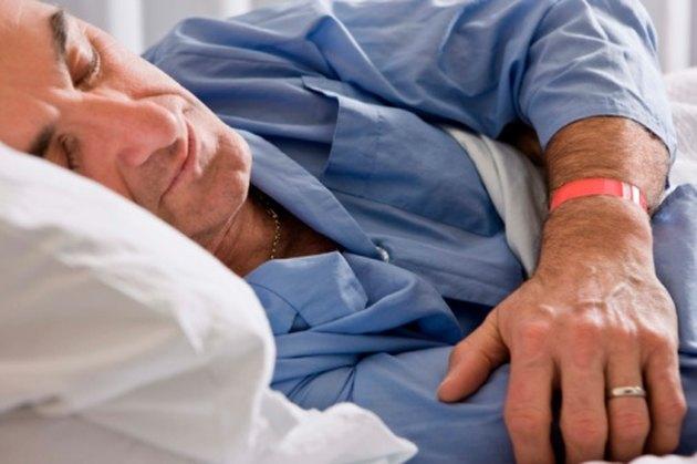 Best Ways To Sleep After A Shoulder Injury Livestrong Com